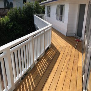decking handrail complete